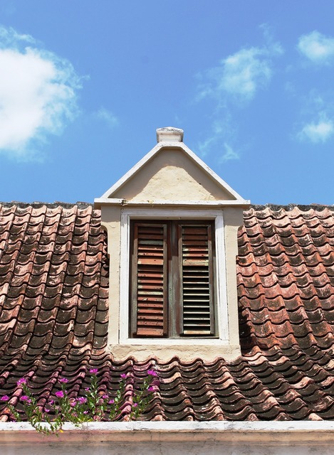 Curacao skylight roof, architecture buildings.