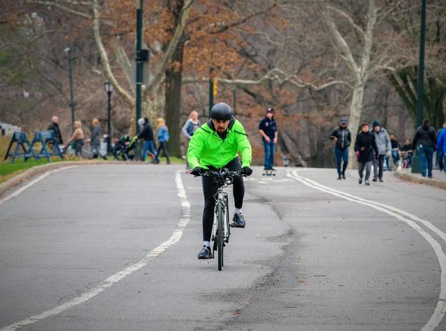 Cycle cyclist road, transportation traffic.