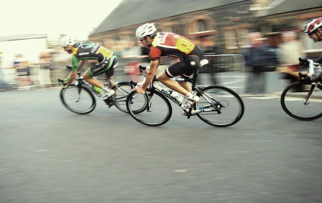 Cycle race bi, sports.