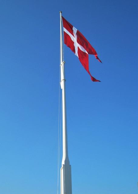 Danish flag flagpole geflaggt.