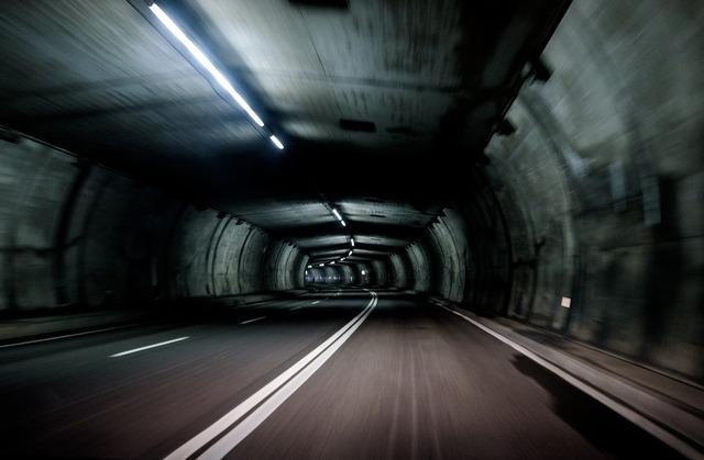 Dark guidance motion, transportation traffic.