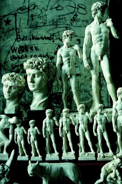David michelangelo monumental statue, travel vacation.