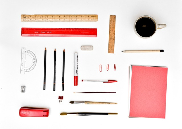 Desk stationery organized, industry craft.