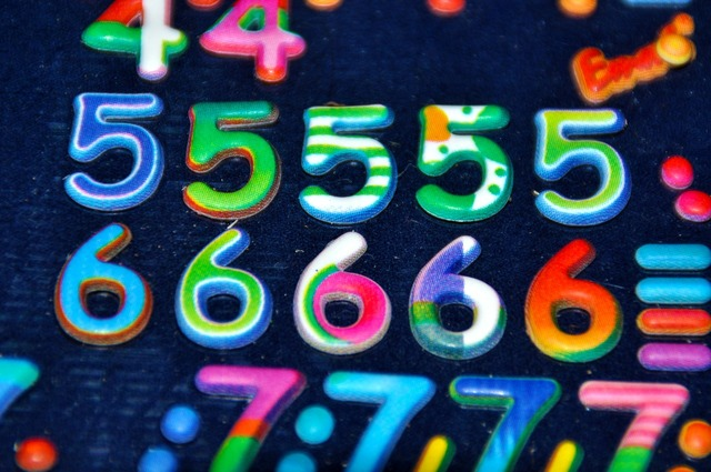 Digits pay numbers.