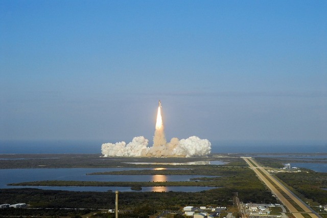 Discovery space shuttle launch mission, science technology.