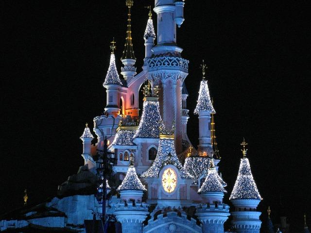 Disney castle disneyland paris magic castle.