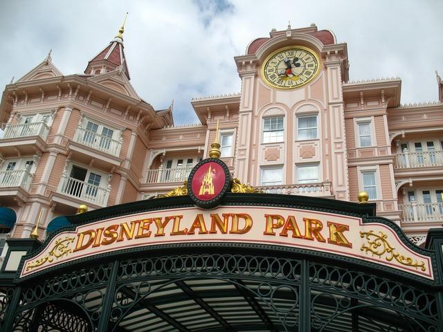 Disneyland park amusement tourism, travel vacation.