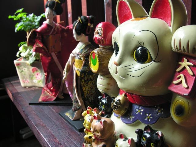 Doll japan still life, animals.