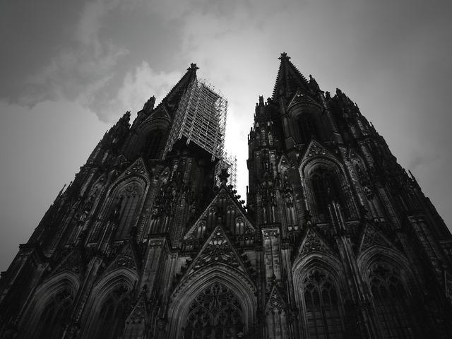 Dom building architecture, architecture buildings.