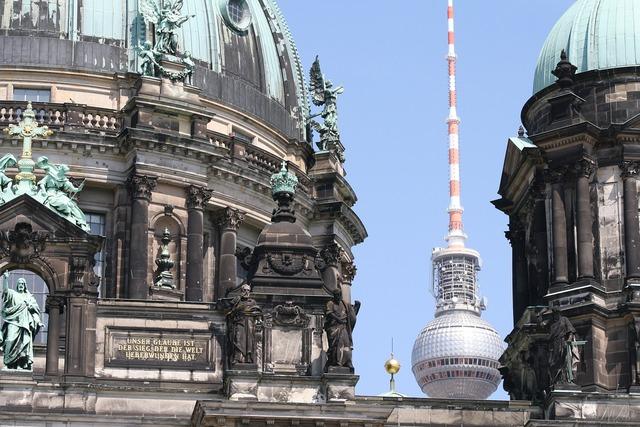 Dom tv tower berlin.