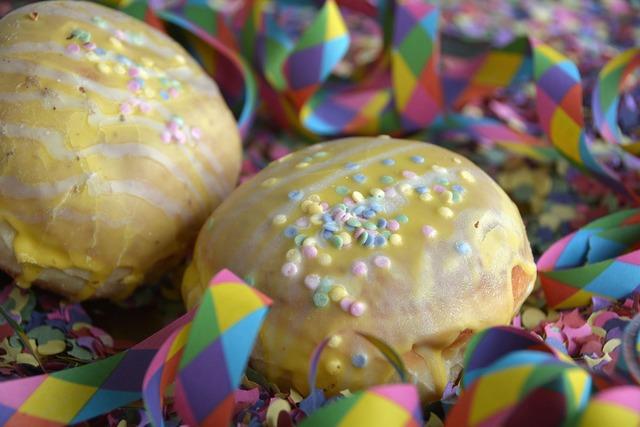 Donut streamer confetti, food drink.