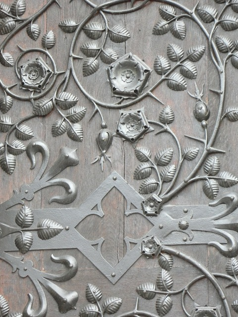 Door door hardware ornament.