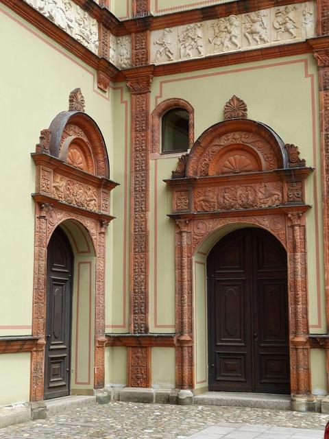 Door goal portal.
