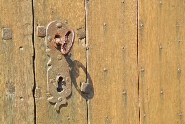 Door lock key castle.