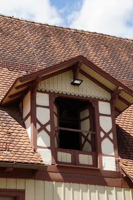 Dormer window truss, architecture buildings.
