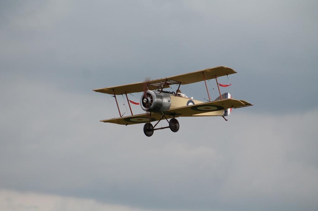 Double decker aircraft oldtimer.