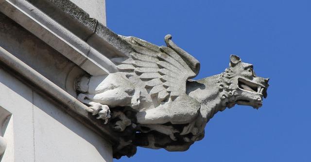 Dragon's head dragon building, architecture buildings.