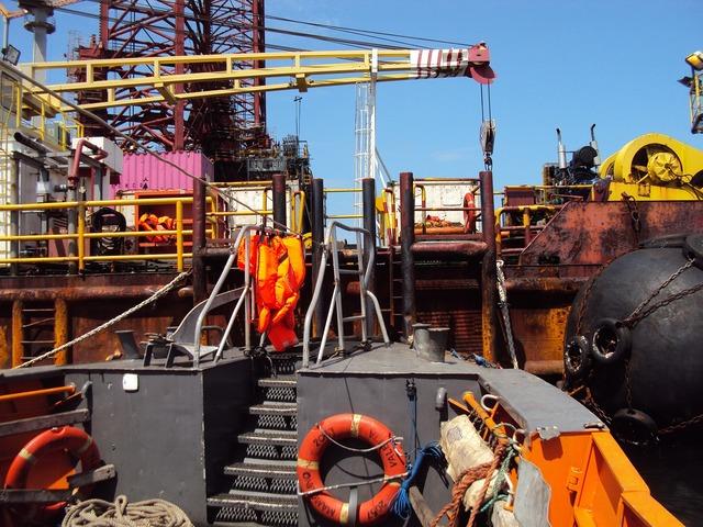 Drilling platform africa, travel vacation.
