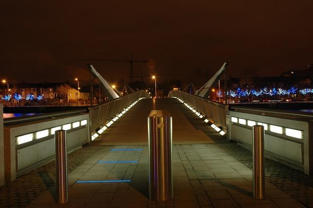 Dublin bridge foot bridge, architecture buildings.