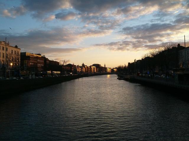 Dublin ireland liffey, travel vacation.
