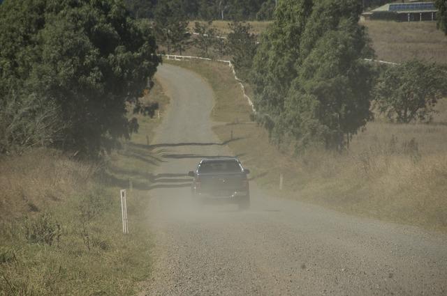 Dust road vehicle, transportation traffic.