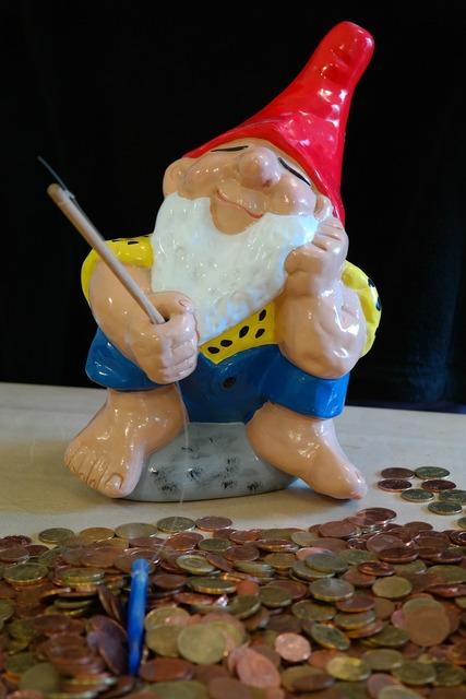 Dwarf money fish, business finance.