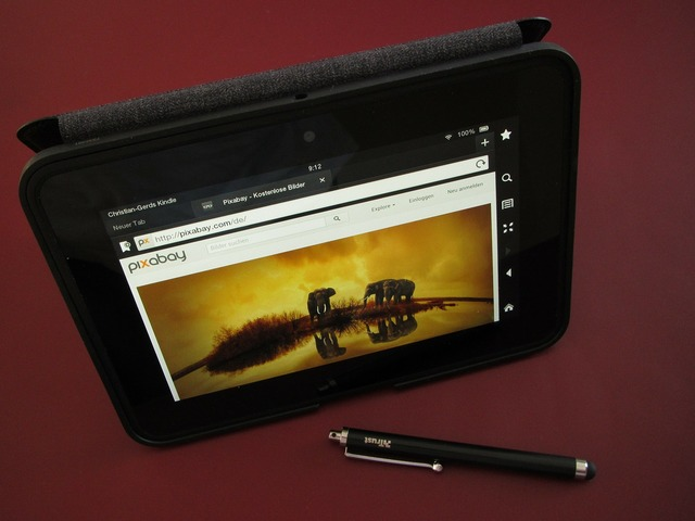 Ebook kindle monitor, computer communication.