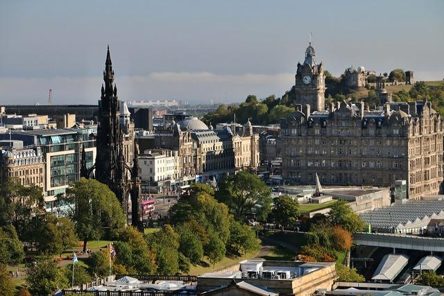 Edinburgh castle view scotland.