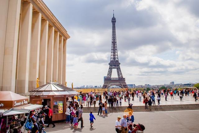 Eiffel tower france paris.