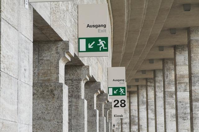 Escape route emergency exit escape, architecture buildings.