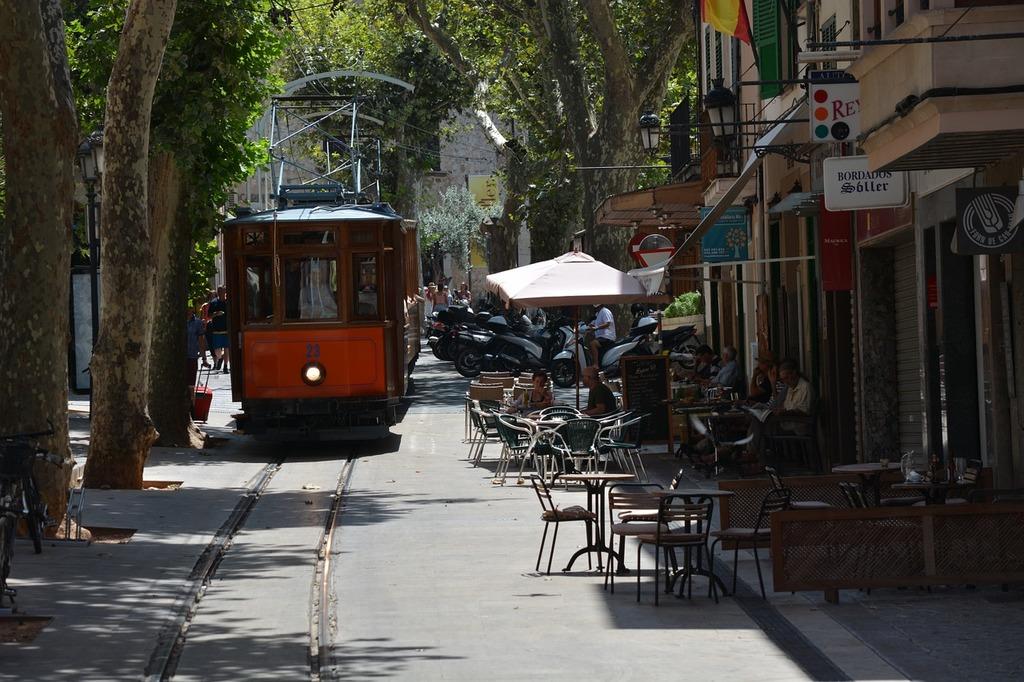 Escorca sollier tram, transportation traffic.