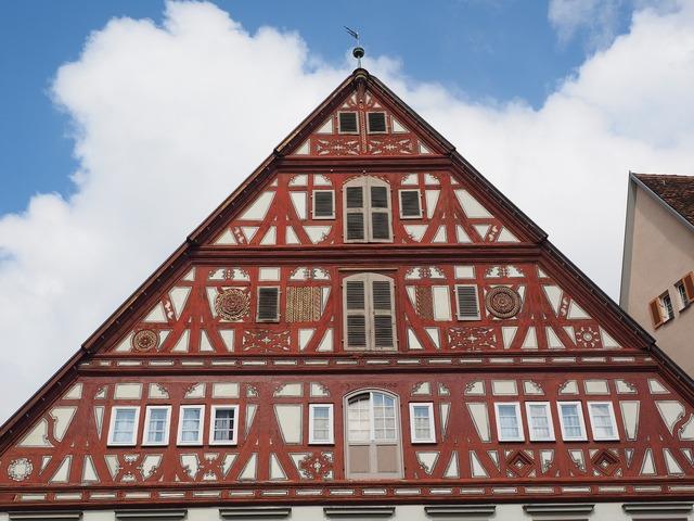 Esslingen old town fachwerkhaus, architecture buildings.