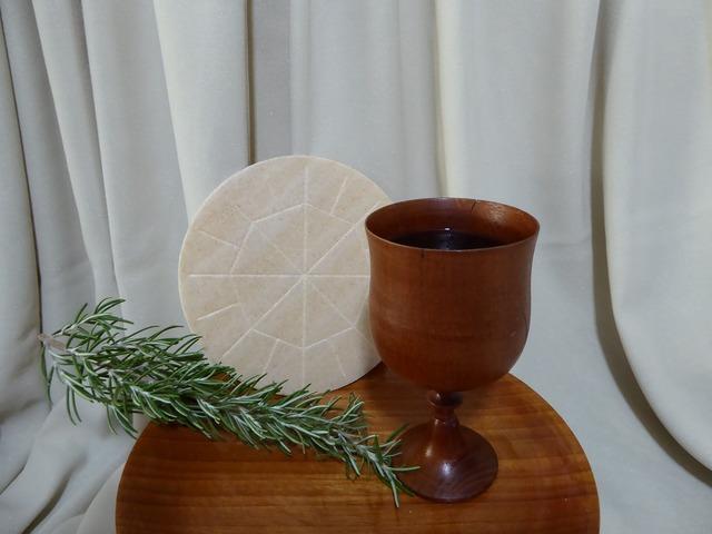 Eucharist christian bread, religion.
