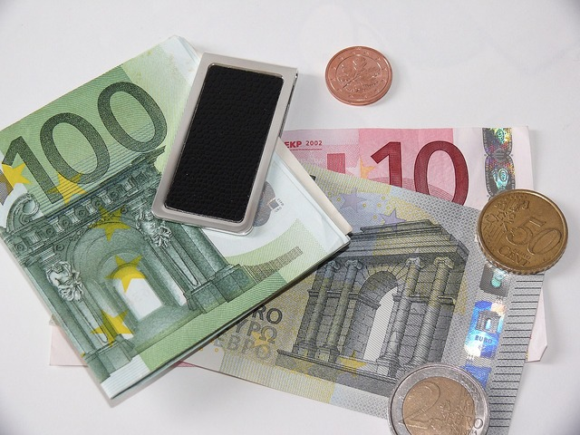 Euro euro cent cash and cash equivalents, business finance.