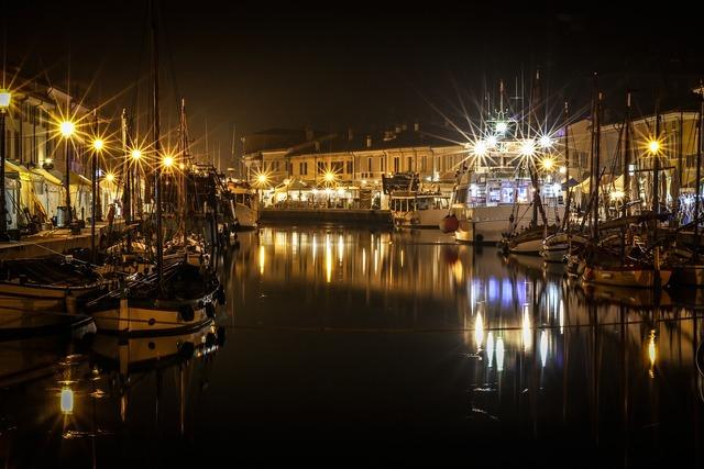 Evening lights boats.