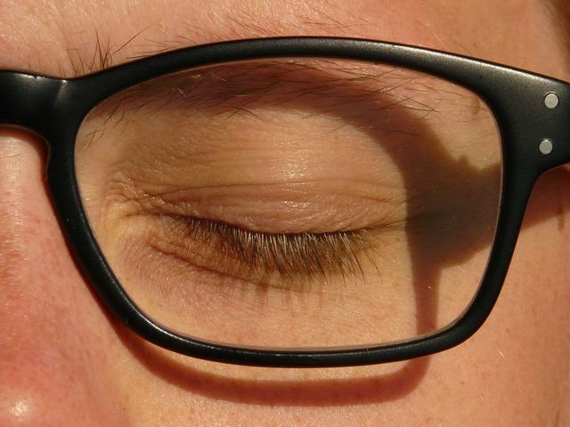 Eye glasses black.