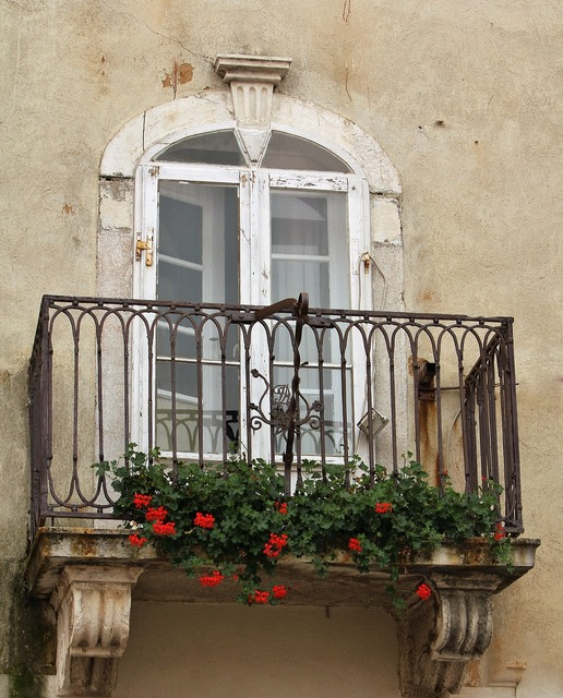 Facade balcony romantic.