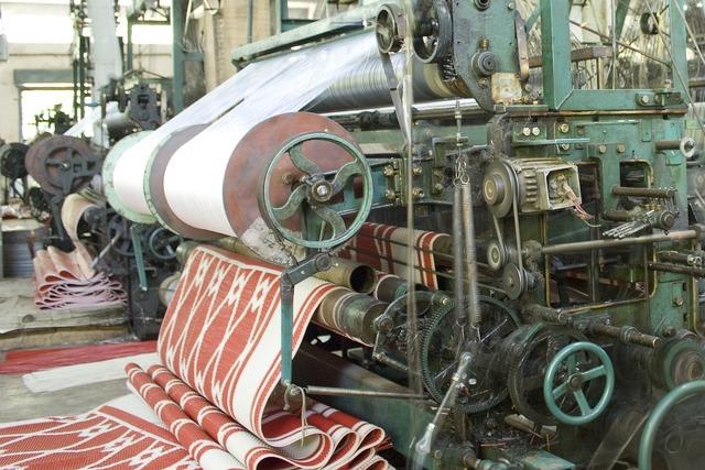 Factory weaving machine, industry craft.