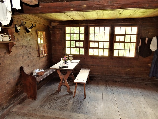 Farmhouse living room room.