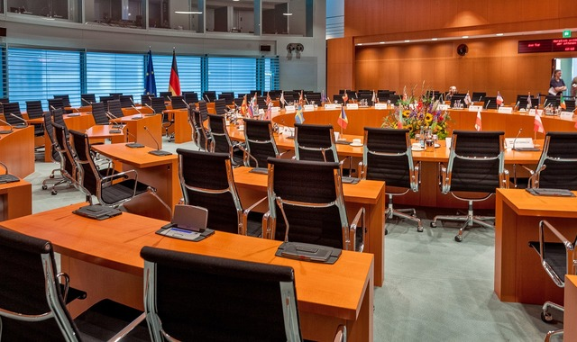 Federal chancellery conference room policy.