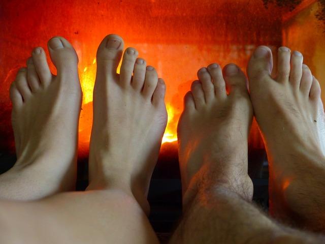 Feet warm heat.