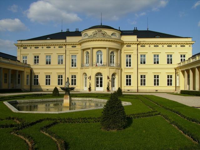 Fehérvárcsurgó károlyi castle fejér county, architecture buildings.