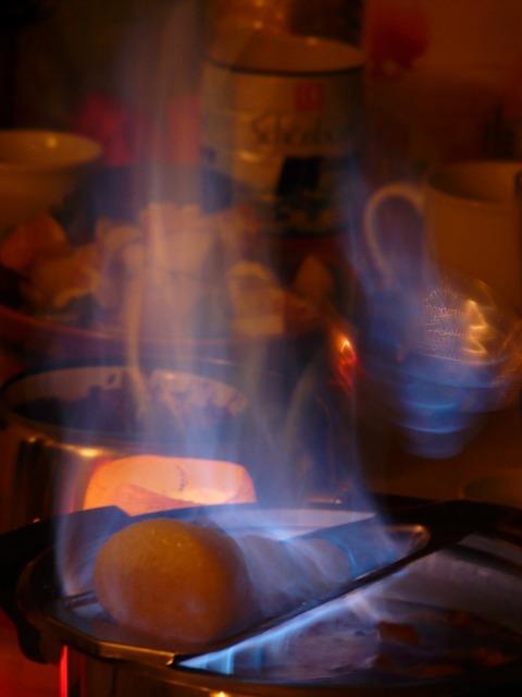 Feuerzangenbowle fire flame.