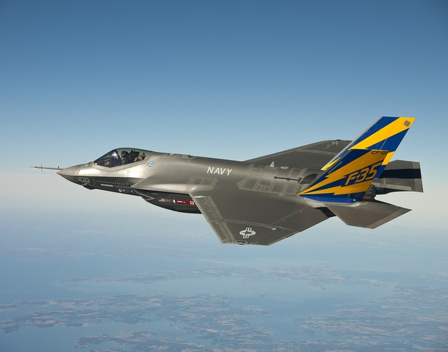 Fighter jet jet lockheed martin f 35 lightning ii.