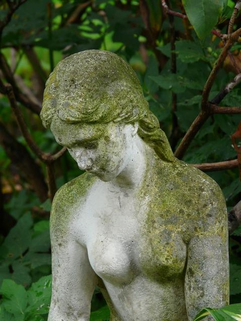 Figure stone figure madonna, beauty fashion.