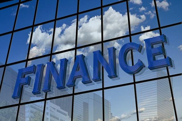 Finance facade mirroring, business finance.