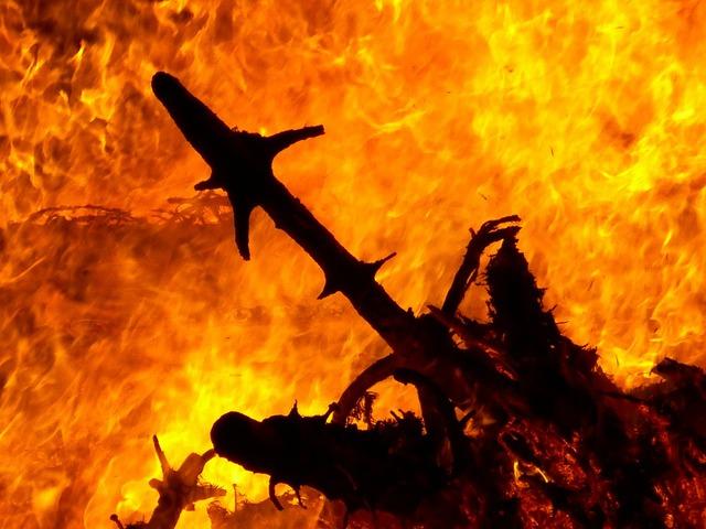 Fire burn geiss.