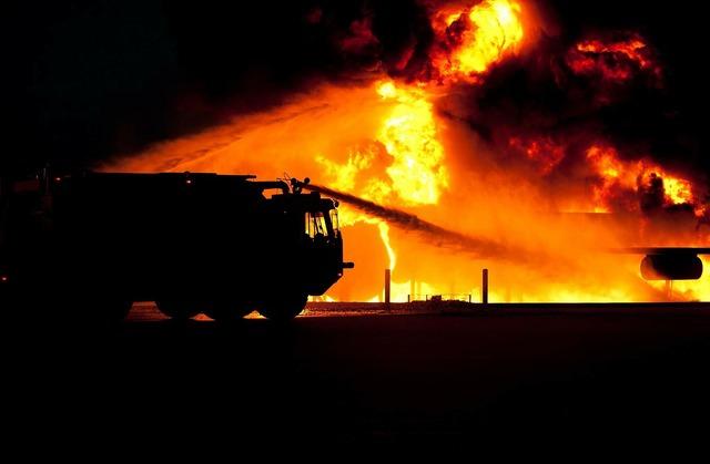 Fire danger dangerous, transportation traffic.