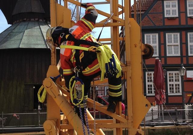 Fire exercise crane.