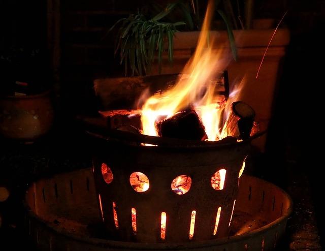 Fire fire bowl garden.